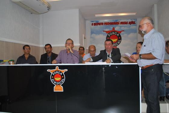 O presidente da Fenatest, Armando Henrique, abre o evento