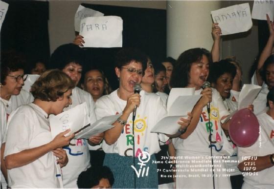 Um dos momentos marcantes de Nair Goulart ao longo de sua trajetória de lutas: 7ª Conferência Mundial das Mulheres